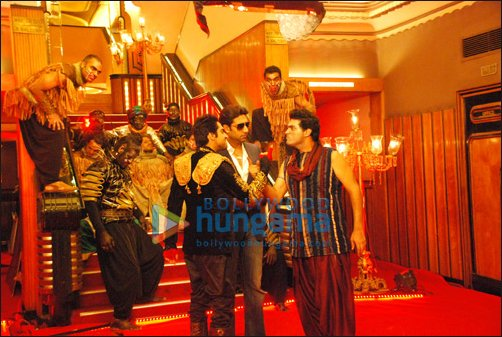 Abhishek shoots for title song of Nautanki Saala