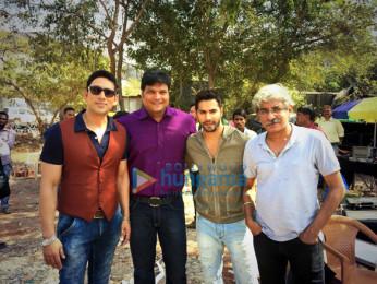 Hrishikesh Pandey, Dayanand Shetty, Varun Dhawan, Sriram Raghavan