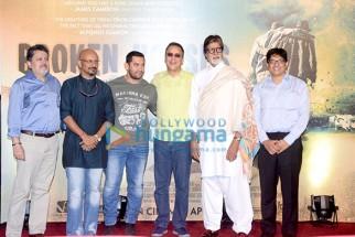 Vijay Singh, Shantanu Moitra, Aamir Khan, Vidhu Vinod Chopra, Amitabh Bachchan