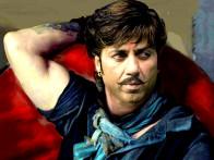Movie Still From The Film Bhaiyyaji Superhit,Sunny Deol