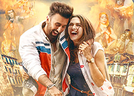 Deepika Padukone - Ranbir Kapoor share an intense love-making scene in Tamasha