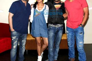 Vikram Khakhar, Richa Chadda, Prawaal Raman, Randeep Hooda