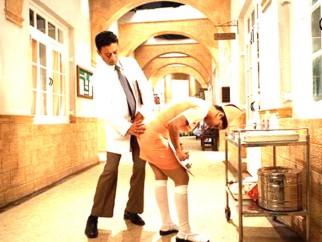 Movie Still From The Film Krazzy 4,Irrfan Khan