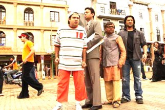 Movie Still From The Film Krazzy 4,Suresh Menon,Irrfan Khan,Rajpal Yadav,Arshad Warsi