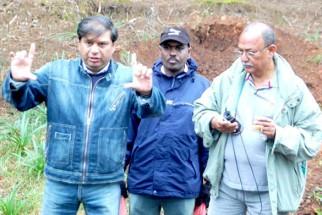 On The Sets Of The Film Banda Yeh Bindaas Hai Featuring Ravi Chopra