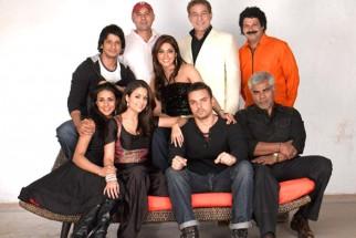 Movie Still From The Film Hello,Gul Panag,Sharman Joshi,Amrita Arora,Atul Agnihotri,Dalip Tahil,Eesaha Koppikar,Sohail Khan,Suresh Menon,Sharat Saxena
