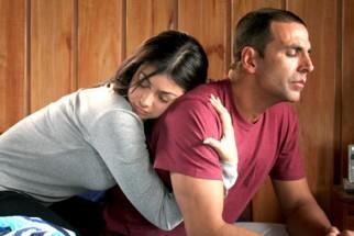 Movie Still From The Film 8x10 Tasveer,Ayesha Takia Azmi,Akshay Kumar