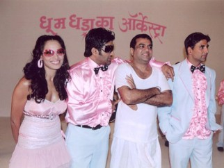 On The Sets Still From The Film Phir Hera Pheri Featuring Bipasha Basu,Sunil Shetty,Paresh Rawal