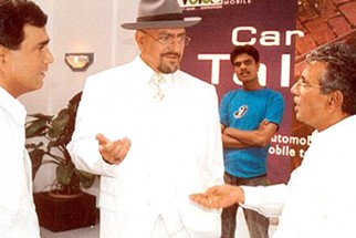 On The Sets Of The Film Aitraaz Featuring