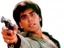 Movie Still From The Film Meri Biwi Ka Jawab Nahin Featuring Akshay Kumar