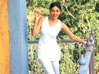 Movie Still From The Film Jeena Sirf Mere Liye Featuring Kareena Kapoor