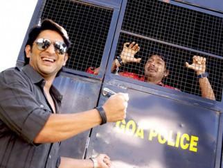 Movie Still From The Film Golmaal Returns,Arshad Warsi,Shreyas Talpade