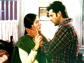Movie Still From The Film Dev FeaturingFardeen Khan,Kareena Kapoor