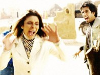 Movie Still From The Film Mumbai Se Aaya Mera Dost Featuring Rageshwari