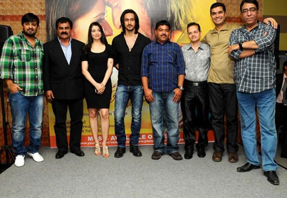 Wajid,Sharat Saxena,Priyanka Mehta,Aseem Ali Khan,Pawan Goyal,Champak Jain,Ashu Trikha,Jalees Sherwani