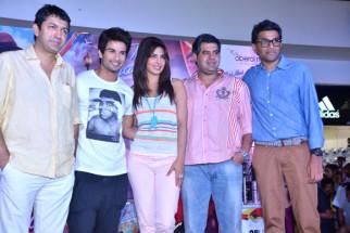 Kunal Kohli, Shahid Kapoor, Priyanka Chopra, Vicky Bahri