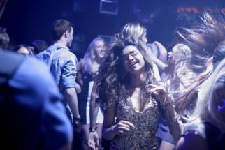 Movie Still From The Film Cocktail,Deepika Padukone