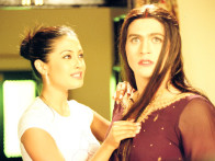 Movie Still From The Film 3 Bachelors,Riya Sen,Manish Nagpal