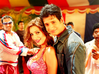 Movie Still From The Film 3 Bachelors,Nigar Khan,Sharman Joshi