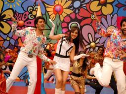 Movie Still From The Film Kyaa Super Kool Hain Hum,Riteish Deshmukh,Neha Sharma,Tusshar Kapoor