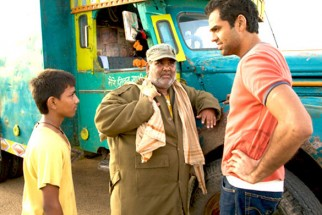 Movie Still From The Film Road, Movie,Mohammed Faisal Usmani,Satish Kaushik,Abhay Deol