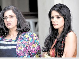 Movie Still From The Film Tum Milo Toh Sahi,Dimple Kapadia, Vidya Malvade