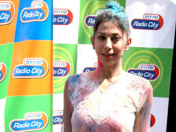 Photo Of Vida Samadzai From The Dia and Arshad promote 'Hum Tum Aur Ghost' at Zoom's Holi party