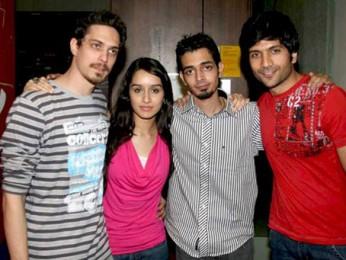 Photo Of Siddharth Kher,Sharadha Kapoor,Dhruv Ganesh,Vaibhav Talwar From The Starcast of the film 'Teen Patti' at Big FM studios