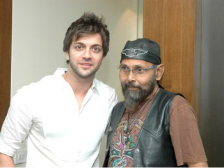 Photo Of Jagdish Mali,Vikram Phadnis From 1st Bharat and Dorris makeup and hair style Awards 2009