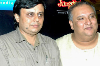 Photo Of Pravesh Bhardwaj,Ustaad Shujaat Husain Khan From The Audio release of Mr. Singh Mrs. Mehta