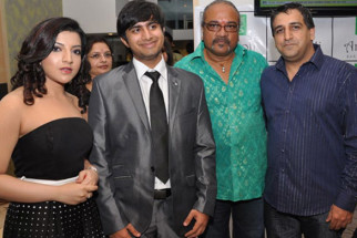 Photo Of Jahan Bloch,Miket,Anupam Mayekar,Anurag Parmar From The Team of 'Krantiveer - The Revolution' at the launch of Amboli Bar and Kitchen