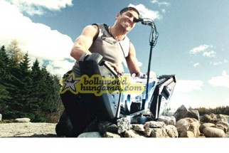 Movie Still From The Film Outsourced Featuring James Caviezel