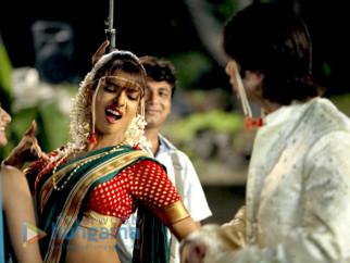 Movie Still From The Film Kaminey Featuring Priyanka Chopra,Shahid Kapoor
