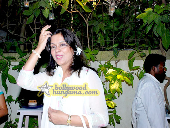Zeenat Aman Inaugurates VLCC's Day Spa