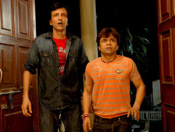 Movie Still From The Film Benny and Babloo,Kay Kay Menon,Rajpal Yadav