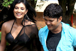 Movie Still From The Film Impatient Vivek,Sayali Bhagat,Vivek Sudarshan