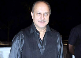 Live Chat: Anupam Kher on April 25 at 1500 hrs IST