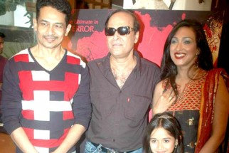 Photo Of Atul Kulkarni,Karan Razdan,Jannat Zubair Rahmani,Rituparna Sengupta From The Rituparna at 'Warning' film press meet