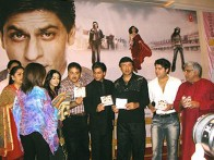 Photo Of Shahrukh Khan,Amrita Rao,Satish Shah,Anu Malik,Sajid Khan,Javed Akhtar From The Audio Release Of Main Hoon Na