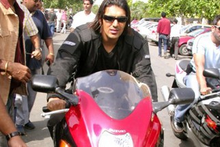 Photo Of John Abraham From The Dhoom Ride On The Streets Of Mumbai