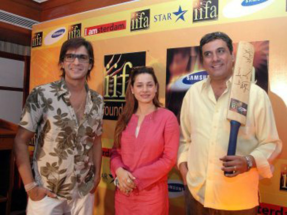 Photo Of Chunky Pandey,Neelam,Boman Irani From The IIFA Celebrity Cricket Match Press Conference