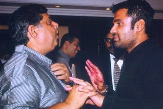 Photo Of David Dhawan,Suniel Shetty From The Kaante Movie Completion Party