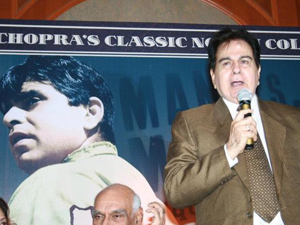 Photo Of Ravi Chopra,Yash Chopra,Dilip Kumar,B R Chopra,Asha Bhosle From The Audio Release Of Naya Daur