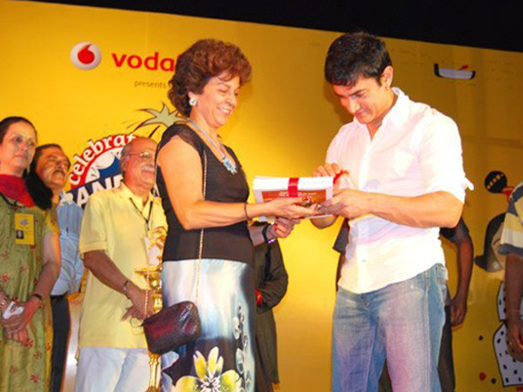 Aamir At The Bandra Festival