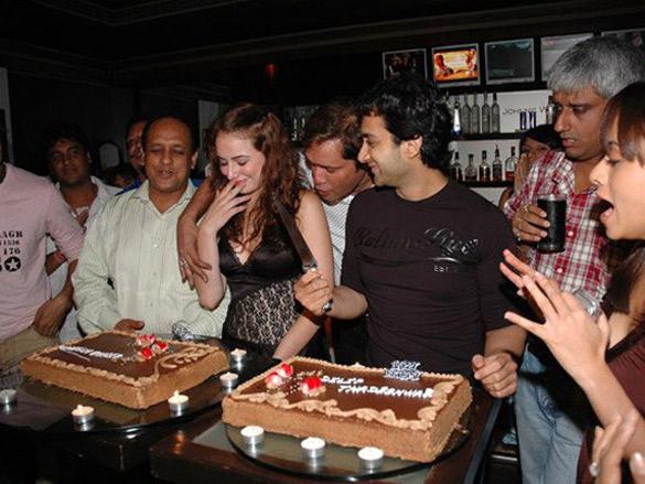 Photo Of Linda Arsenio,Dilip Thadeshwar,Vikram Bhatt From The ASA Films Throws Birthday Party For Linda Arsenio And Dilip Thadeshwar