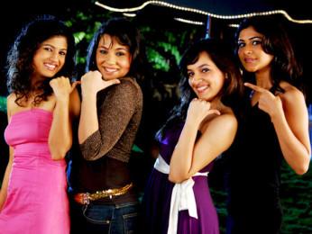 Movie Still From The Film Aamras,Ntasha Bhardwaj,Maanvi Gagroo,Anchal Sabharwal