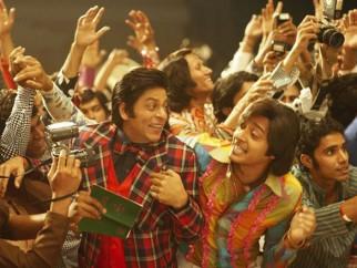 Movie Still From The Film Om Shanti Om,Shahrukh Khan,Shreyas Talpade