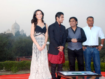 Photo Of Amy Jackson,Prateik Babbar,A R Rahman,Gautham Menon From The Audio release of 'Ekk Deewana Tha' at Taj Mahal Agra