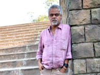 On The Sets Of The Film Pranam Walekum Featuring Sanjay Mishra