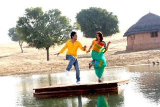 Movie Still From The Film Chaar Din Ki Chandni,Tusshar Kapoor,Kulraj Randhawa